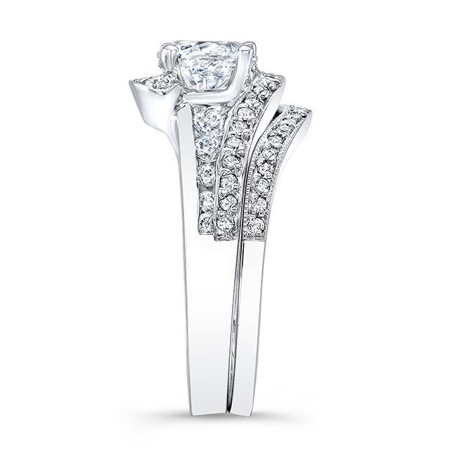 Unique Bridal Set Image 3