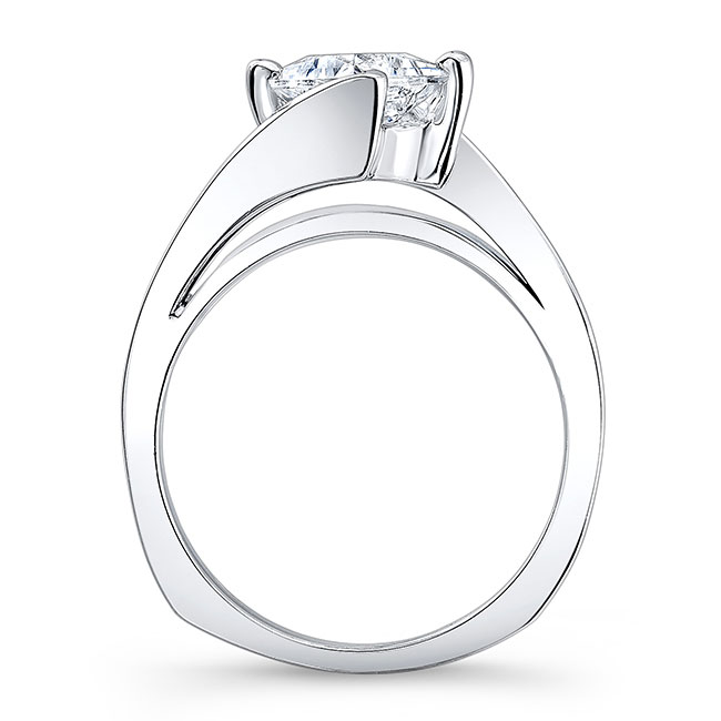 Moissanite Solitaire Engagement Ring MOI-7923L Image 2