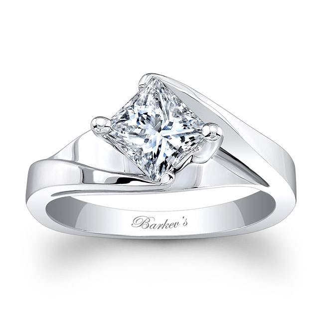 Moissanite Solitaire Engagement Ring MOI-7923L Image 1