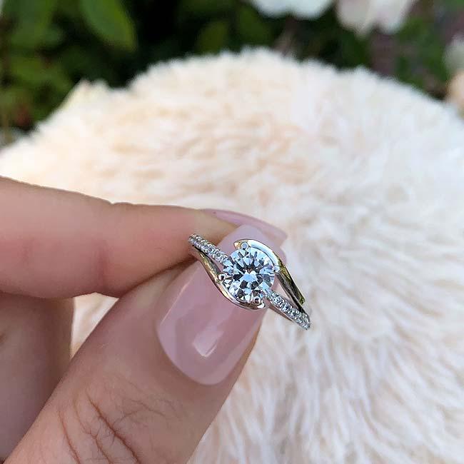 Simple Unique Engagement Ring Image 3