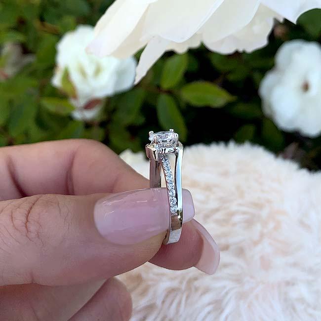 Simple Unique Engagement Ring Image 4