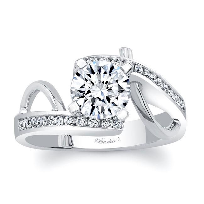 Unique Style Engagement Ring Image 1