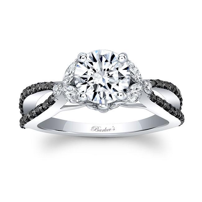 Black And White Diamond Leaf Ring Image 1