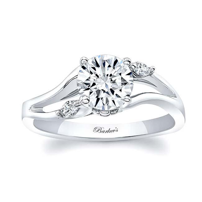 V Shaped Diamond Ring Image 1