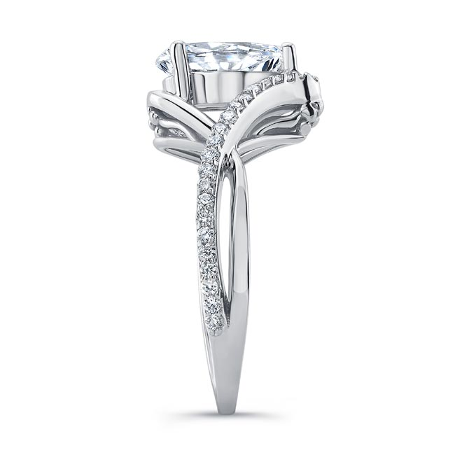 Unique Pear Shaped Moissanite Ring Image 3