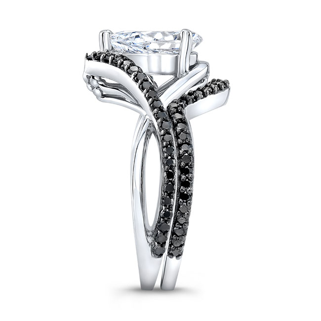 Unique Pear Shaped Black Diamond Wedding Set Image 3