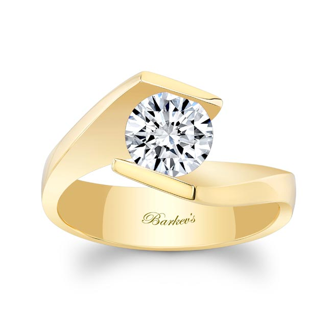 Solitaire Moissanite Engagement Ring MOI-8193L Image 1