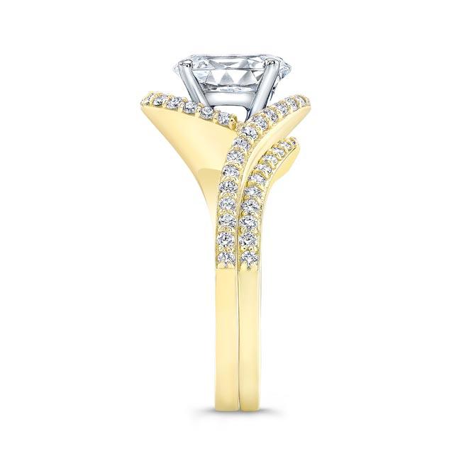 2 Carat Oval Wedding Ring Set Image 3
