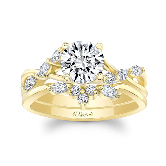 Marquise Engagement Ring With Wedding Band Image 1