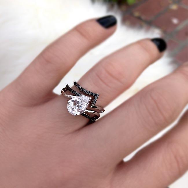 Black Diamond Split Shank Pear Bridal Set Image 4