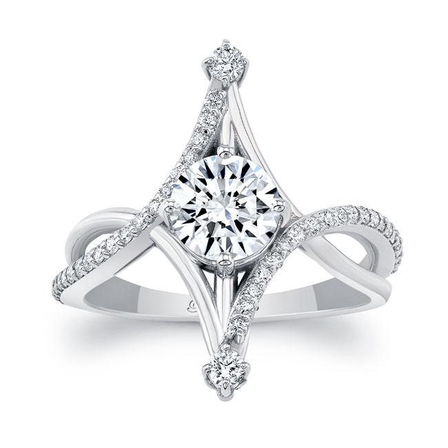 Unusual Round Diamond Ring Image 1