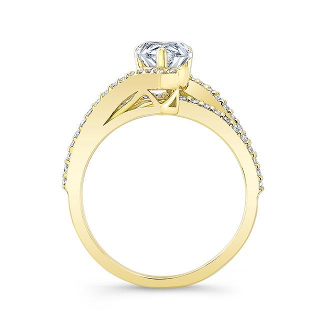 Split Shank Pear Engagement Ring Image 2