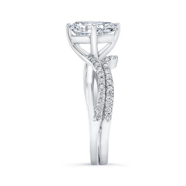 Pear Shaped Twist Bridal Set Image 3